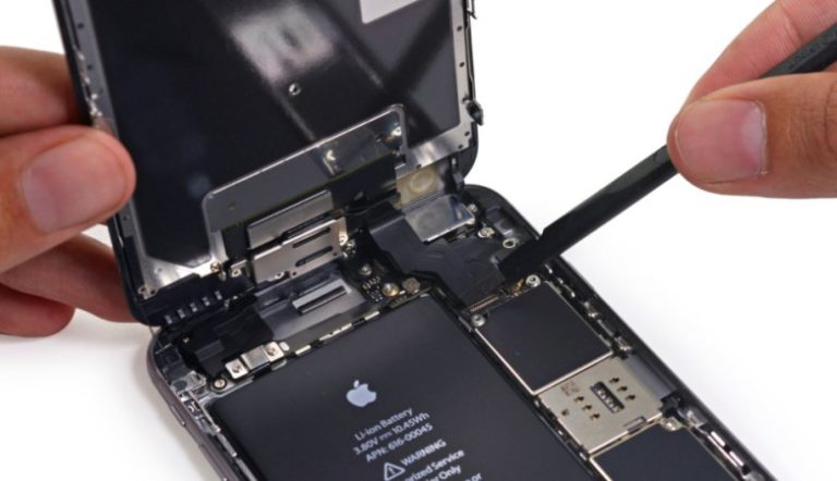 Apple Begins to Offer $50 Credit to Customers Who Paid Full Price of $79 for iPhone Battery Replacement in 2017