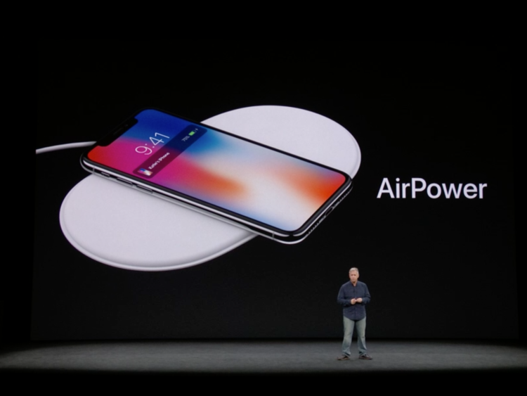"iPhone XS and iPhone XS Max boxes feature ""AirPower"" references"