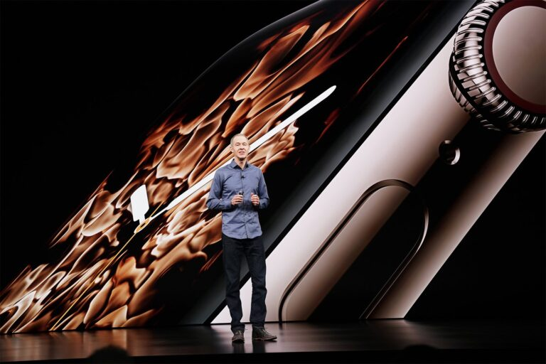 Fall Detection on Apple Watch Series 4 is turned off by default if you are under 65