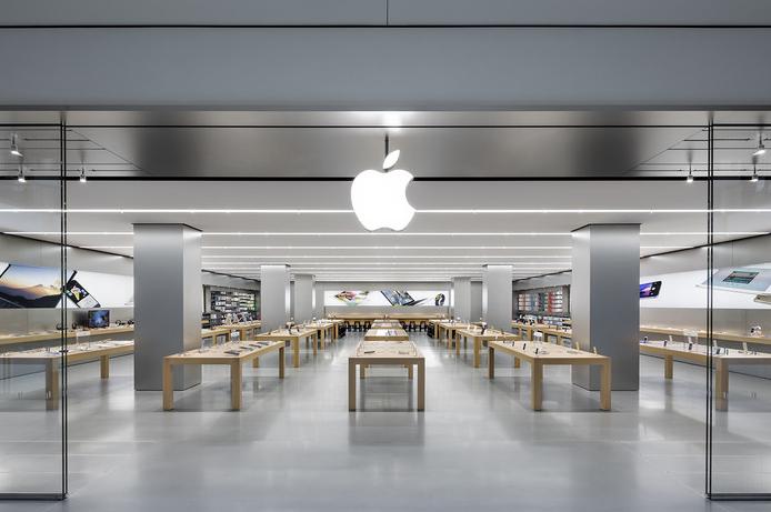 Apple Has Hired Police to Guard Certain Apple Stores