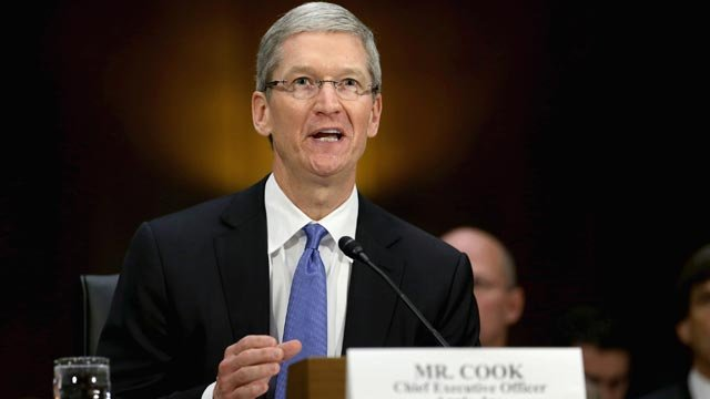 Apple CEO Tim Cook talks about Privacy, China, Alex Jones and More in VICE Interview