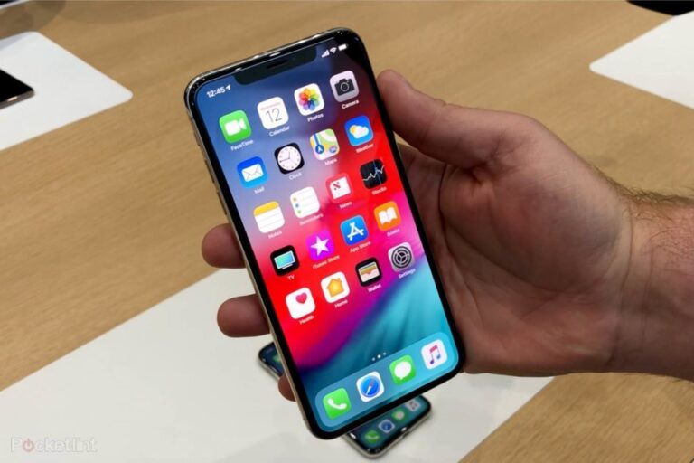 Nomura Analyst Predicts No Big Change On 2019 iPhones