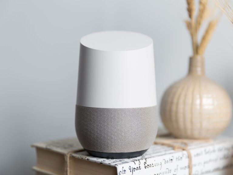Apple Music is coming to Google Home