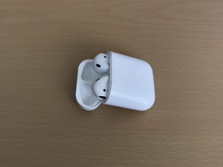Review: AirPods in 2019; is a Wireless Charging Case Worth It?